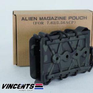 Alien Magazine Pouch for M4 Black Multicam