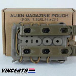 Alien Magazine Pouch for M4 Tan